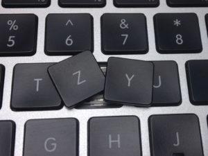 Перестановка кнопок, клавиш на QWERTY раскладку